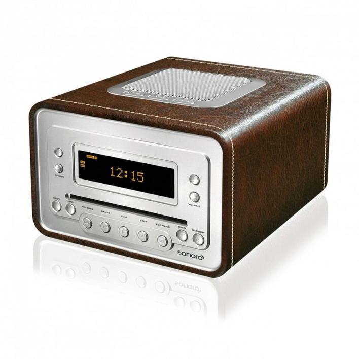 Radio and CD player with leather trim
